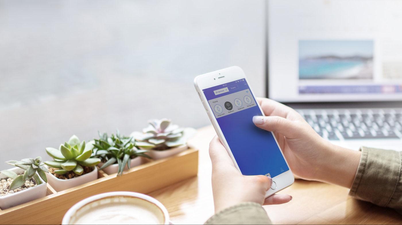 SONOFF Smart Διακόπτης WiFi 4CH R2, 4 θέσεων, 10A, WiFi, λευκό